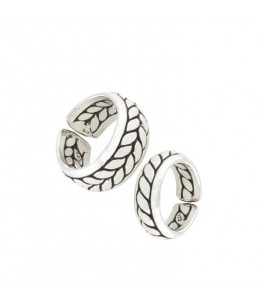 FOLIATE COUPLE RINGS
