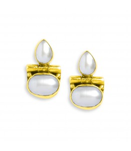 GOLD PLATED RUCH PEARL STUDS